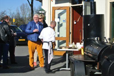 BBQ bij Restaurant Belterwiede Wanneperveen (Weeerribben Overijssel)