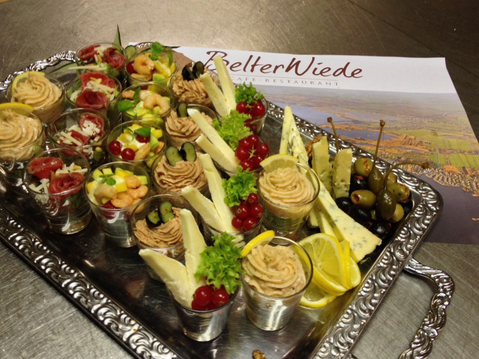 Hapjes buffet - Belterwiede Restaurant Wanneperveen